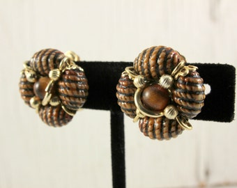 Hong Kong Vintage Brown Cluster Clip Earrings (retro 50s 60s plastic gold tone pinup pin up boho round)