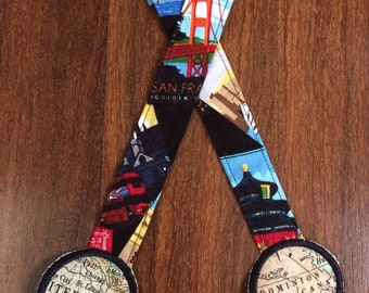 Reach Straps: Cities of the world (Travel Bug) fabric with Map decorations