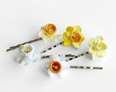 Daffodil Bobby Pins - Assorted set of 5 - Made of paper daffodils and silver colour hair pins - Yellow, orange and white