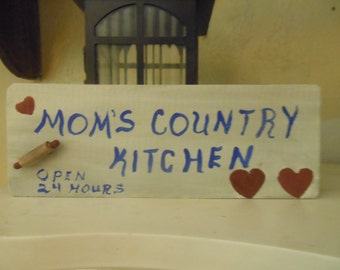 Mom's Country Kitchen