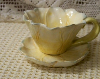 Flower Petal Shaped Cup And Saucer