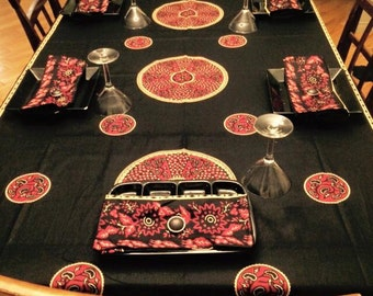 Tablecloth table 6 seater and 6 assorted towels
