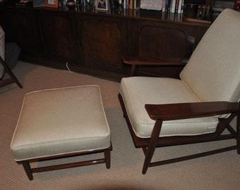 Mid-century modern lounge chair Kofod larsen Selig