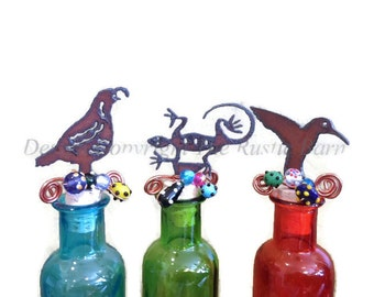 QUAIL LIZARD or HUMMINGBIRD Rusty Rustic Rusted Metal Decorative Wine Bottle Cork Stopper Topper