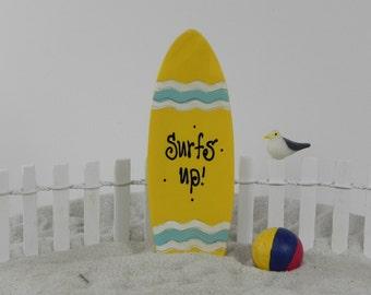 Miniature Surf Board - beach fairy garden - miniature garden - fairy garden - terrarium supply - beach wedding - fairy garden accessories