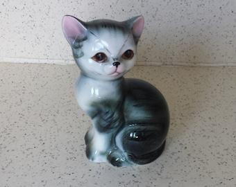 Pottery Gray Cat