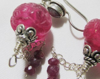 VIINTAGE FUSCIA PEKING Glass Rubies Long Dangle Earrings, sterling silver, ooak dangle earrings, carved  beads, alexawolfonline