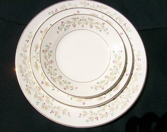 Knowles Skylark Plates 10 Sets Plus 5 Extra Plates 36 Pieces Designed by Kalla
