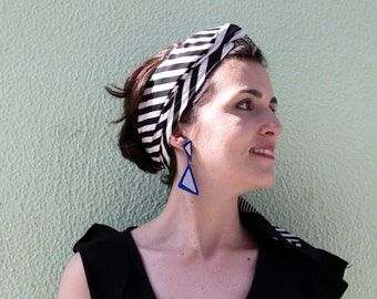 Statement Earrings, Handmade, silver, blue and black, Minimal accessories, Triangular earrings, Sophisticated, gift for her, to offer