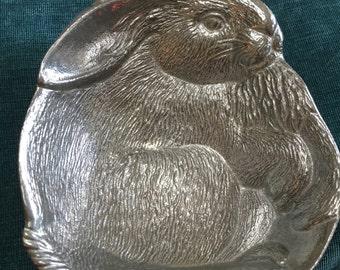 Pewter rabbit bowl
