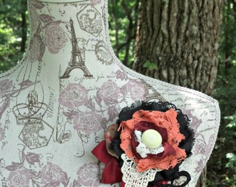 Vintage-style Flower Pin - Upcycled