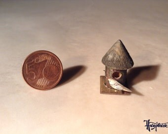 Set of Miniature bird and Birdhouse Scale 1:12