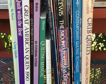 A lot of 17 books on quilting ..