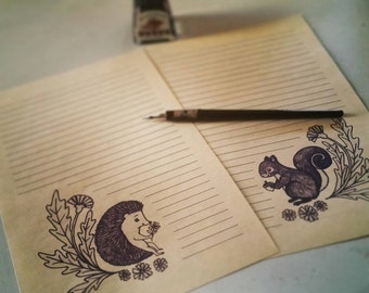 10 Sheets of Hedgie & Squirrel Stationary + 5 Envelopes