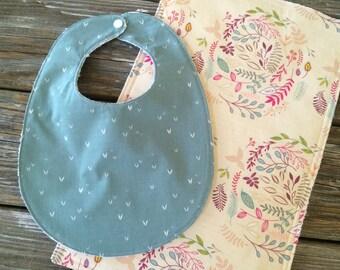 Bib/Burp Cloth Combo/Gift Set ~ Floral//Pretty//Girly//Pink//Vintage