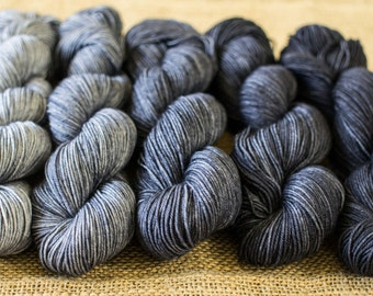 Thunderhead Angus Gradient Yarn Set 5 x 50g SW Merino and Nylon