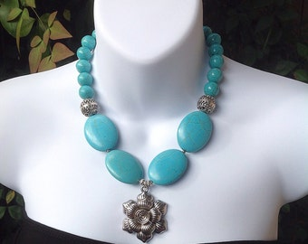 Chunky Turquoise Necklace. Pendant Necklace. Oval Turquoise Necklace. Western Necklace.