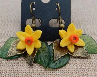Daffodil earrings spring handmade, mothers day gift