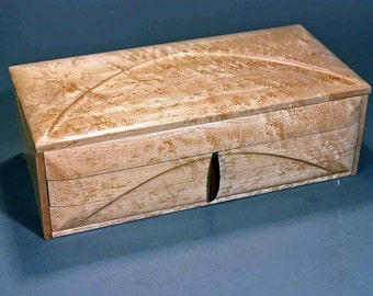 "Jewelry box - ""GRAND DUCHESS_II"" - (J2L2BEM) - in Bird's Eye Maple"
