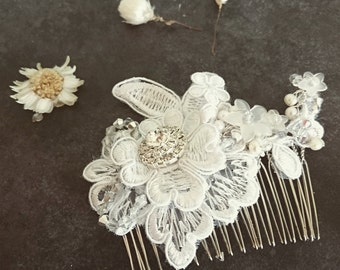 hand made bridal lace comb with embellishment