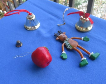 Lot Of Retro Metal Christmas Bells Bendable Reindeer Apple Ornament