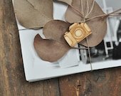 Tag for photographers - Wooden camera shape tag for gift - natural wood - unpainted - photography packaging, packaging supplies, gift