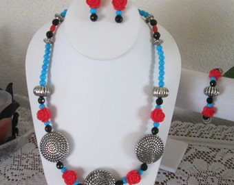 Southwest Style Set, Turquoise Colored Acrylic, Red Acrylic Roses, Large Silver Tone Focal Beads, Set, Necklace, Bracelet, Pierced Earrings