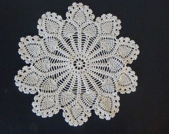 Vintage crocheted doily, 1960's