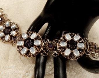 Pretty Vintage Opalescent Cabcohon and Dark Amethyst Coloured Rhinestone Bookchain Bracelet