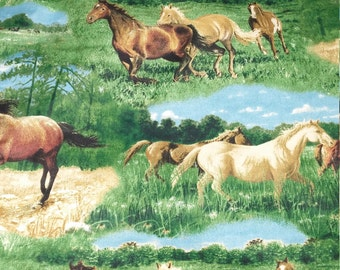 Horses In the Field Conforter