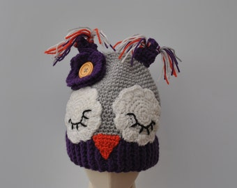 Crocheted sleepy owl hat in grey and purple for 18-36 months