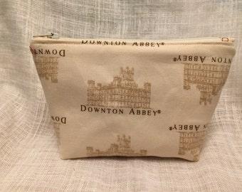 Small Downton Abbey Zipper Clutch