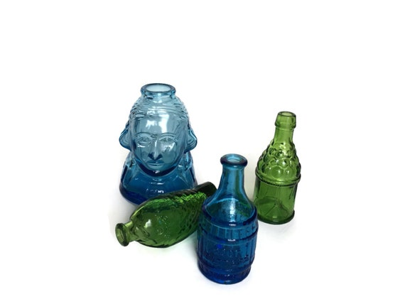 Wheaton glass bottle collection instant display set of 4 containers