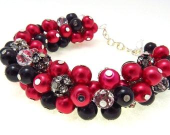 Red - Black Pearl Bracelet, Chunky Cluster Bracelet, Red Bridesmaid Bracelet, Bridesmaid Gift, Bead Bracelet, Black Pearl Chunky Bracelet,