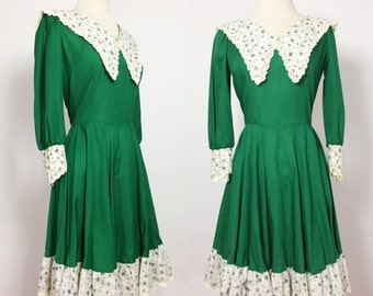1960s Square Dance Dress / Green Floral Dress / Ruffle Dress / Lolita Dress Small Medium / Vintage Dress Small