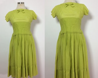 1950s Gigi Young Dress Small / Vintage Dress Small / Green Dress / 1950s Party Dress / Full Skirt Dress