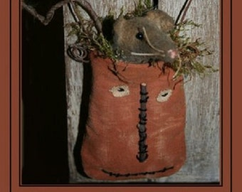 "Pattern: Hanging Jack O Lantern, ""Mr. Jack O. Lantern & Mouse"" - Country Stitches - Brenda Gervais"
