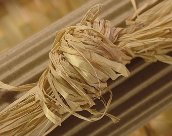 Natural Raffia From Madagascar Large Package (8oz)