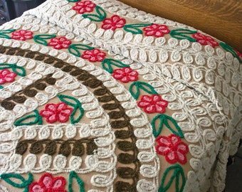 Vintage Chenille Bedspread, 1950s Full Size Spread, Mocha Cotton Base, Brown & White Icing Curlicues, Pink Flowers, Cotton Chenille