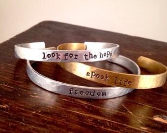 Kae Bracelet: look for the hope