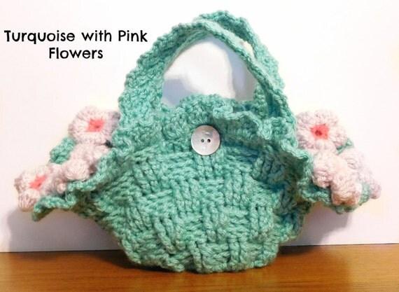 Crochet Flower Girl Basket Pattern : Little girl s flower purse crochet pattern easter baskets