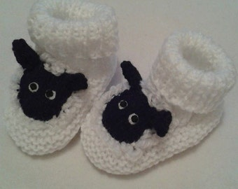 Knitted sheep booties - Easter booties - easter baby gift - baby shower gift - new baby gift