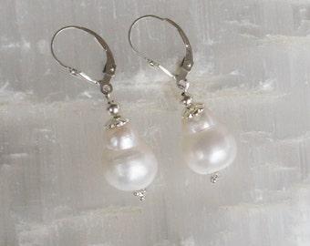 PB3- Charm of freshwater pearls