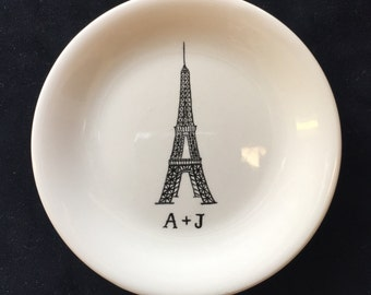 Eiffel Tower ring dish, Engagement gift, Paris ring dish, Personalized Hand Painted Ceramic Ring Dish, ring holder- Anniversary