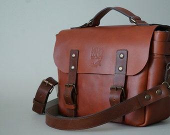 Leather Messenger / Camera Bag