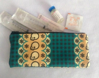 Plaid Skull Injection Pouch