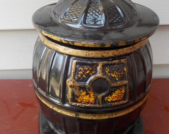 Vintage Black Pot Belly Stove McCoy Cookie Jar. Good Condition. Marked USA  0236