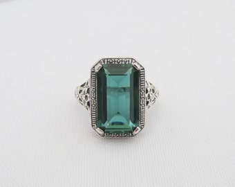 Vintage Sterling Silver Emerald Filigree Ring Size 6.75