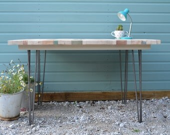 STYLE 2 Table with hairpin legs