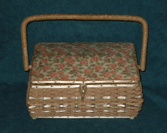 Dritz Sewing Basket Wicker Straw Box Floral Vintage